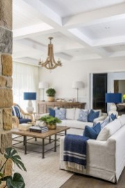 Pretty Coastal Living Room Decor Ideas That Looks Awesome26