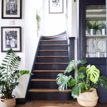 Stunning Staircase Design Ideas To Try This Month17