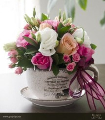 Stylish Easter Flower Arrangement Ideas That You Will Love20