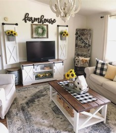 Top Farmhouse Style Living Room Decor Ideas That Looks Adorable05