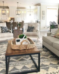 Top Farmhouse Style Living Room Decor Ideas That Looks Adorable21