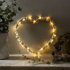 Wonderful String Lights Ideas For Valentine Days That Will Amaze You02