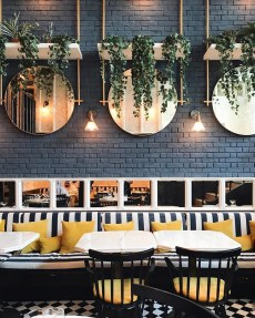 Brilliant Restaurant Design Ideas That Will Make Your Customers Cozy11