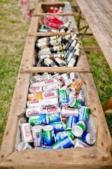 Chic Outdoor Wedding Drink Station And Bar Ideas For Winter To Try Asap29