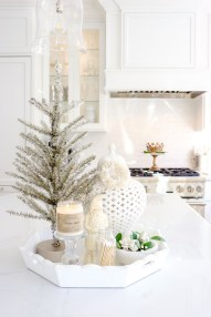 Delightful Winter Decoration Ideas With Items That You Must Have At Home13