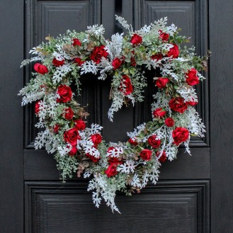Delightful Winter Decoration Ideas With Items That You Must Have At Home27