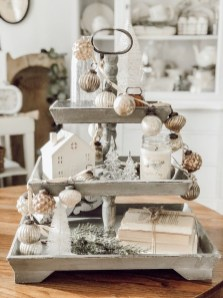 Delightful Winter Decoration Ideas With Items That You Must Have At Home32