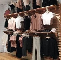 Dreamy Clothing Store Design Ideas For Teen Shoper To Try22