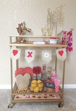 Sophisticated Bar Carts Ideas For Valentine Décor To Try Asap15