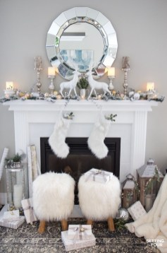 Spectacular Winter Décor Ideas With Textiles That You Need To Try28