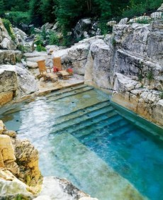 Comfy Swimming Pools Design Ideas With Stunning Natural Surroundings15