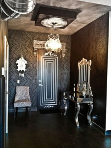 Exciting Dark Gothic Interior Designs Ideas That You Need To Try26