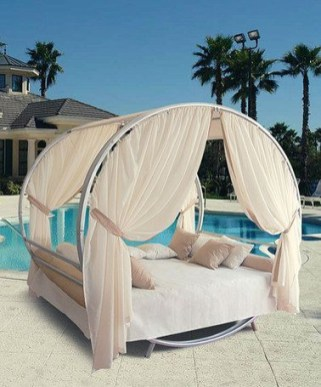 Extraordinary Poolside Nooks Design Ideas To Try For Your Relaxing09