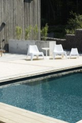 Extraordinary Poolside Nooks Design Ideas To Try For Your Relaxing32