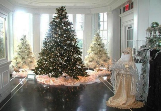 Favorite Winter Tree Display Design Ideas For Small Spaces38