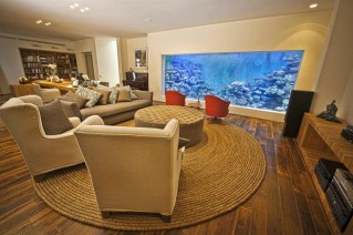 Glamorous Aquariums Design Ideas For Cool Interior Styles To Have14