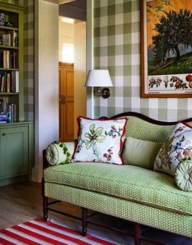 Inexpensive Green Room Designs Ideas On A Budget26