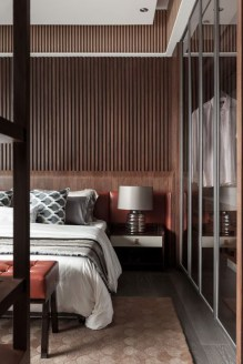 Newest Bedroom Design Ideas That Featuring With Wooden Panel Wall01