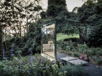 Splendid Glass House Design Ideas With 360 Degree View Of The Mountain23