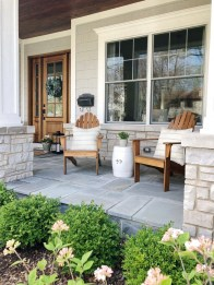 Adorable Front Porch Landscaping Design Ideas To Increase Your Home Style16