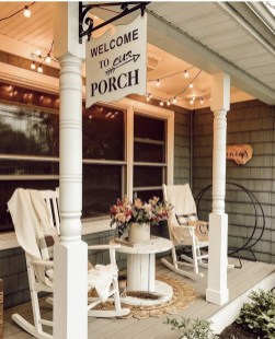 Adorable Front Porch Landscaping Design Ideas To Increase Your Home Style26