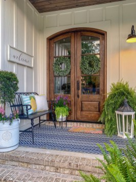 Adorable Front Porch Landscaping Design Ideas To Increase Your Home Style34