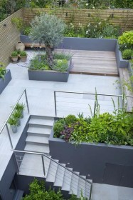 Adorable Rooftop Gardens Design Ideas That Looks Awesome10