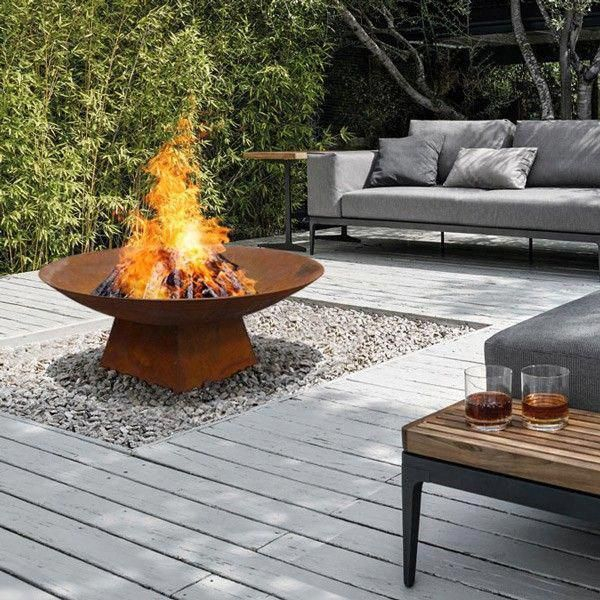 Best Patio Deck Design Ideas With Firepit To Make The Atmosphere Warmer31