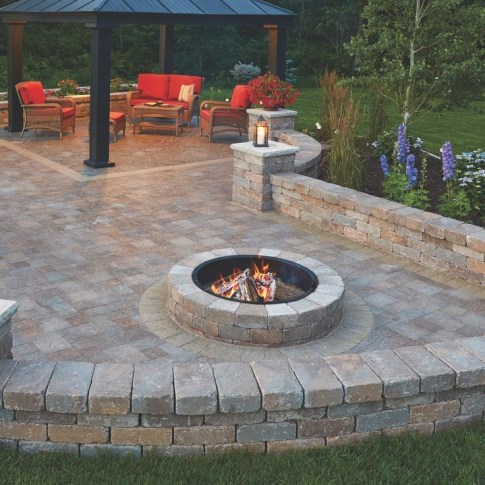 Best Patio Deck Design Ideas With Firepit To Make The Atmosphere Warmer36