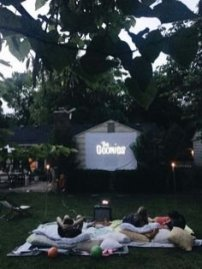 Chic Outdoor Home Theaters Design Ideas To Have Asap02