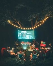 Chic Outdoor Home Theaters Design Ideas To Have Asap07