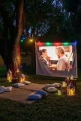 Chic Outdoor Home Theaters Design Ideas To Have Asap35