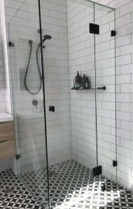 Stunning Black Bathroom Shower Design Ideas That You Need To Copy11