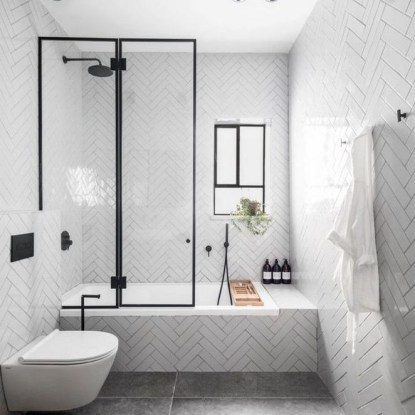 Stunning Black Bathroom Shower Design Ideas That You Need To Copy12