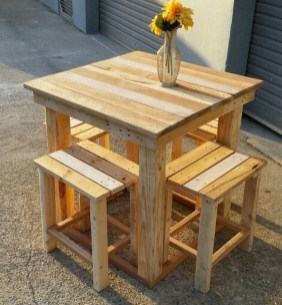 Unordinary Wooden Pallet Furniture Ideas That Is Easy For You To Make28
