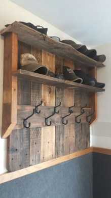 Unordinary Wooden Pallet Furniture Ideas That Is Easy For You To Make29