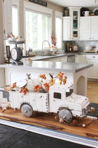 Affordable Fall Home Design Ideas On Budget 40