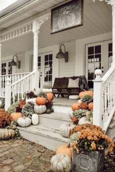 Amazing Diy Fall Farmhouse Decorating Ideas That You Need To Try 33