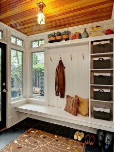 Awesome Farmhouse Mudroom Decorating Ideas To Try Asap 02