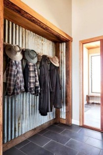 Awesome Farmhouse Mudroom Decorating Ideas To Try Asap 22