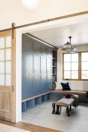 Awesome Farmhouse Mudroom Decorating Ideas To Try Asap 45