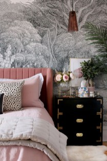 Best Bedroom Wallpaper Decor Ideas That Suitable For Your Family 06