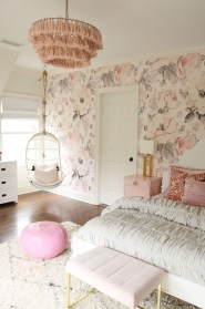 Best Bedroom Wallpaper Decor Ideas That Suitable For Your Family 38