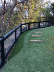 Enchanting Living Fences Design Ideas That Suitable For Your Yard 03