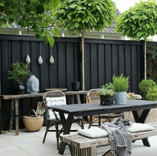 Enchanting Living Fences Design Ideas That Suitable For Your Yard 30