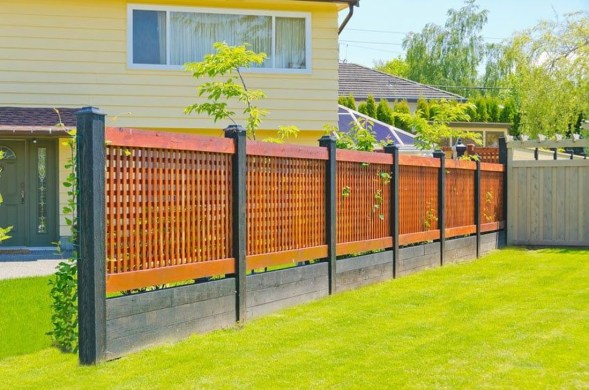 Enchanting Living Fences Design Ideas That Suitable For Your Yard 46