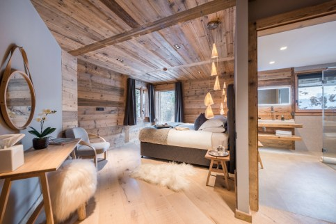 Impressive Spacious Chalet Design Ideas With Warm And Cosy Ambience 29