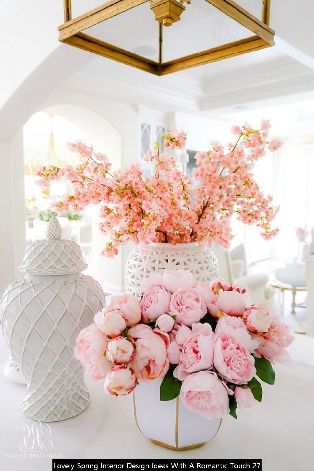 Lovely Spring Interior Design Ideas With A Romantic Touch 27