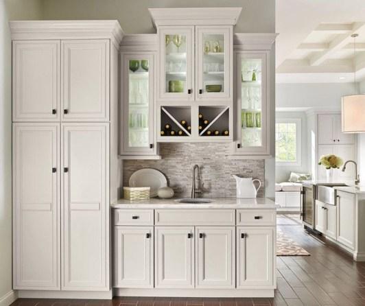 Top White Kitchen Cabinetry Design Ideas That Looks More Modern 46