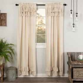 Wonderful Farmhouse Curtains Decor Ideas For Living Room To Try Asap 03